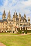 Caen (Normandía, Francia), hommes aux. de Abbaye Foto de archivo libre de regalías