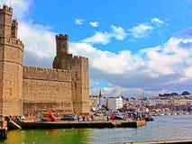 Caernarfon slott royaltyfri fotografi