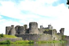 caerphilly城堡在威尔士 免版税图库摄影