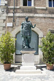 Caesar-Monument Stockbilder