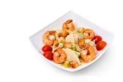 Caesar Salad con los mariscos - camarón, gambas Foto de archivo