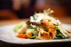 Caesar Salad with shrimps Royalty Free Stock Photos