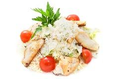 Caesar-Salat mit Huhn Lizenzfreies Stockbild