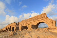 Caesarea-Aquädukt Stockbild