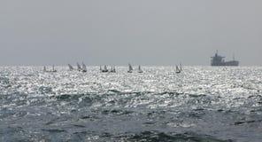 Caesarea driva som fiskar medelhavs- netto havstonfisk Royaltyfri Bild