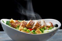 Caesarsalade van verse ingrediënten wordt gemaakt dat Royalty-vrije Stock Fotografie
