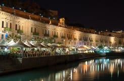 Cafés i staden Valletta fotografering för bildbyråer