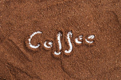 Fond de cafè moulu Images stock