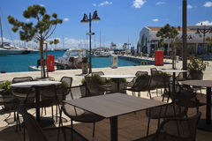 Café à la marina à Limassol cyprus photo libre de droits