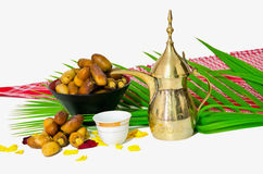 Café árabe com fruta da tâmara fotos de stock royalty free