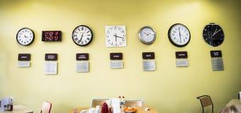 Café au centre de découverte au radiotélescope de banque de Jodrell dans la campagne rurale de Cheshire England Images stock