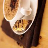 Café avec de la mousse crème Photographie stock libre de droits