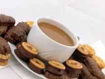 Café avec des biscuits de chocolat Photos stock