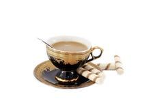 Café avec du lait et des biscuits Image stock