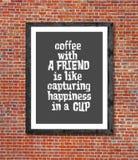 Café avec l'ami écrit dans le cadre de tableau Image stock