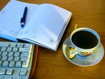Café avec le panneau de touche d'ordinateur Image stock