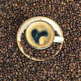 Café avec le vintage de concept d'amour de coeur modifié la tonalité Images libres de droits