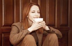 Café bebendo da menina Imagem de Stock