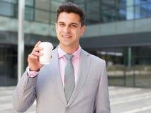 Café bebendo do homem de negócios fotografia de stock