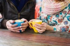 Café bebendo do homem e da mulher Imagem de Stock Royalty Free