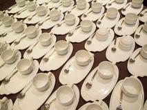Café blanc/tasses de thé pour l'approvisionnement photo stock