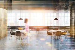 Café blanco y de madera del desván entonado Imagenes de archivo