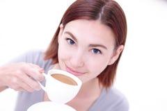 Café bonito novo da bebida da mulher Imagem de Stock Royalty Free