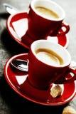 Café branco do café do copo Xícaras de café vermelhas Imagem de Stock