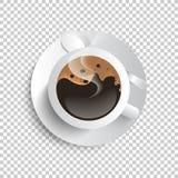 Café brun d'isolement sur la tasse blanche Image libre de droits