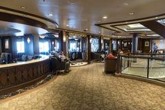 Café Carinthia na rainha Elizabeth do ` s de Cunard foto de stock royalty free