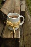 Café chaud dans le jardin Image libre de droits