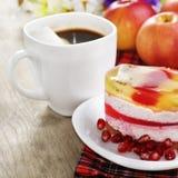 Café chaud et gâteau savoureux Images libres de droits