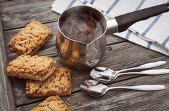 Café chez la dinde et les biscuits images libres de droits