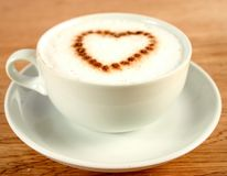 Café com coração Fotografia de Stock Royalty Free