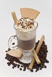 Café com creme e algumas bolachas. Foto de Stock Royalty Free