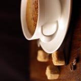 Café com espuma de creme imagens de stock royalty free