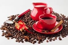 Café com leite Conceito do café isolado no fundo branco Imagem de Stock Royalty Free