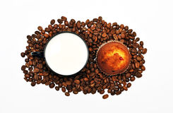Café com leite e bolo Fotografia de Stock