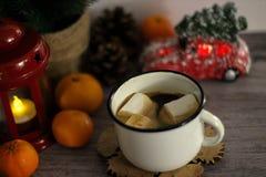 Café com marshmallow Conceito do feriado fotos de stock