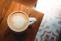 Café con arte del latte Foto de archivo