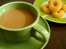 Café con bocados por última mañana imagenes de archivo