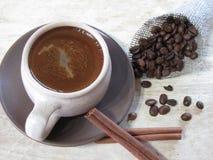 Café con cinamomo Fotos de archivo