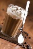 Café con crema azotada Imágenes de archivo libres de regalías