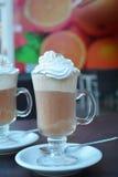Café congelado delicioso com chantiliy Fotos de Stock Royalty Free