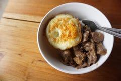 Café da manhã com ovo e carne Foto de Stock