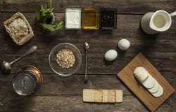 Café da manhã delicioso e saudável com papa de aveia Imagem de Stock Royalty Free