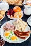 Café da manhã inglês fresco imagem de stock