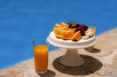 Café da manhã na piscina Foto de Stock
