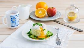 Café da manhã no fundo de madeira Imagens de Stock