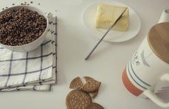 Café da manhã saboroso e completo fotografia de stock royalty free